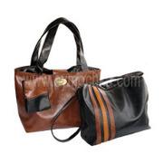 Портфели,  сумки,  кошельки на выбор.