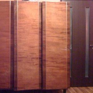 Продам шкаф полированный