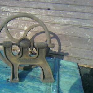 Антиквариат Старинный сверлильный станок