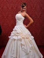 Продам свадебные платья!